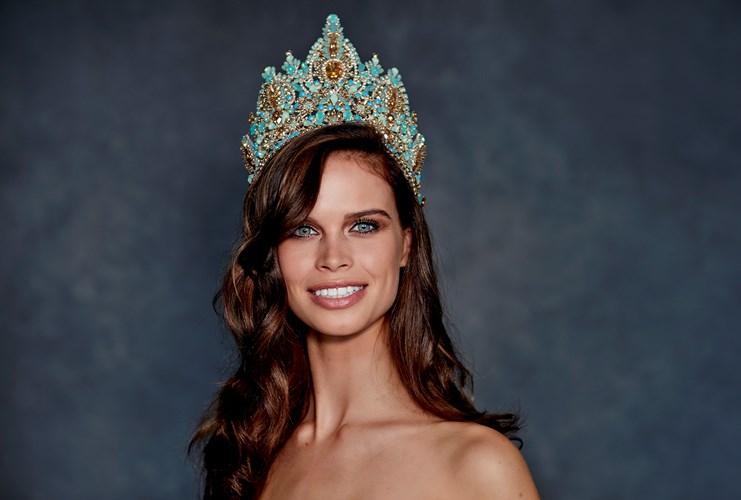Miss Nederland - Nicky Opheij - Miss Universe