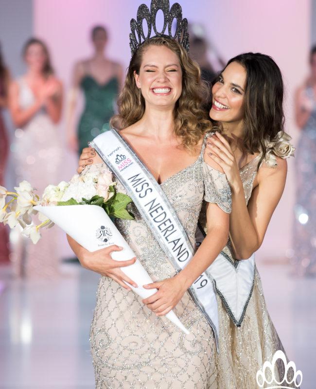 Miss Nederland Finale_Sharon Pieksma_kroning