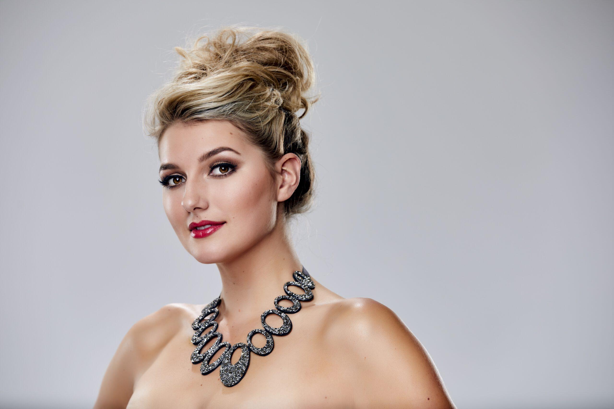 Miss Nederland_Denise_Speelman_Miss Universe